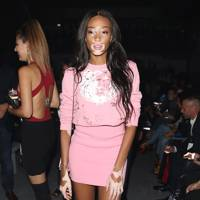 Winnie Harlow Style Best Looks Amp Outfits Glamour Uk