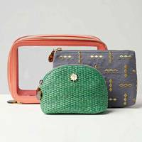 Best travel gifts: the washbags