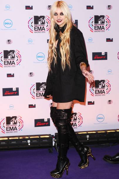 DON'T #17: Taylor Momsen at the MTV EMAs, November
