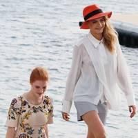 Cara Delevingne & Jessica Chastain
