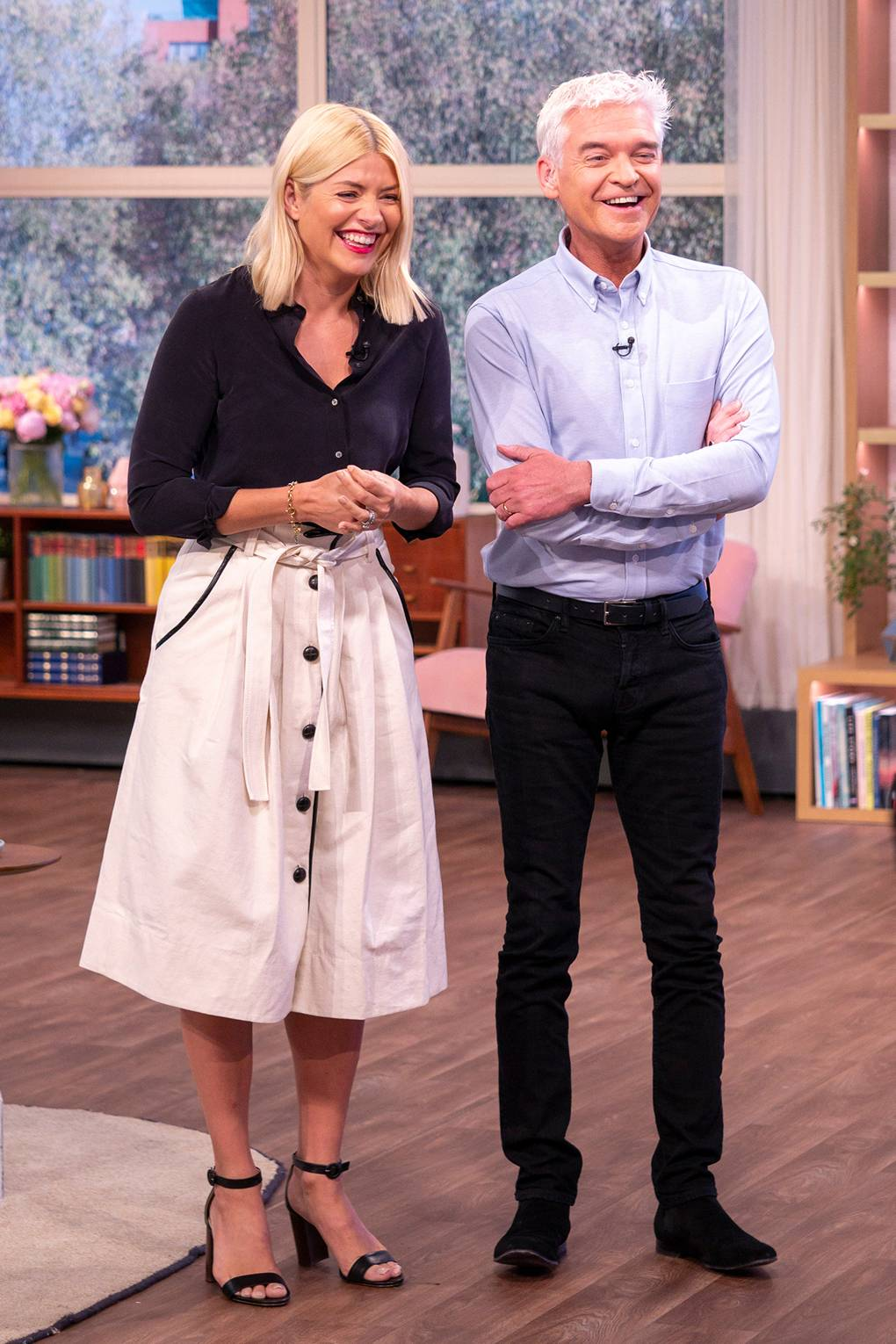 f7fda4c5cd477 Holly Willoughby Style: Her Best Outfits Ever | Glamour UK