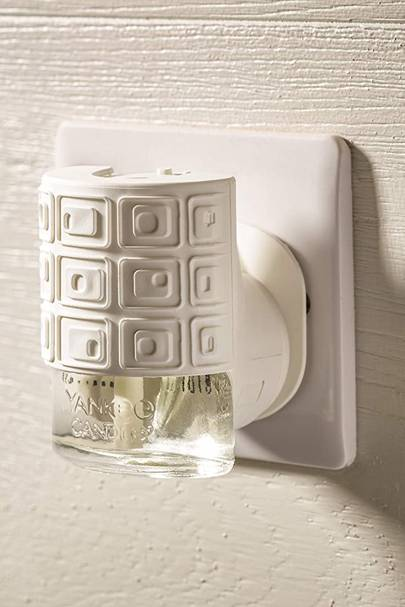 Home Fragrance Plug-Ins: Yankee Candle