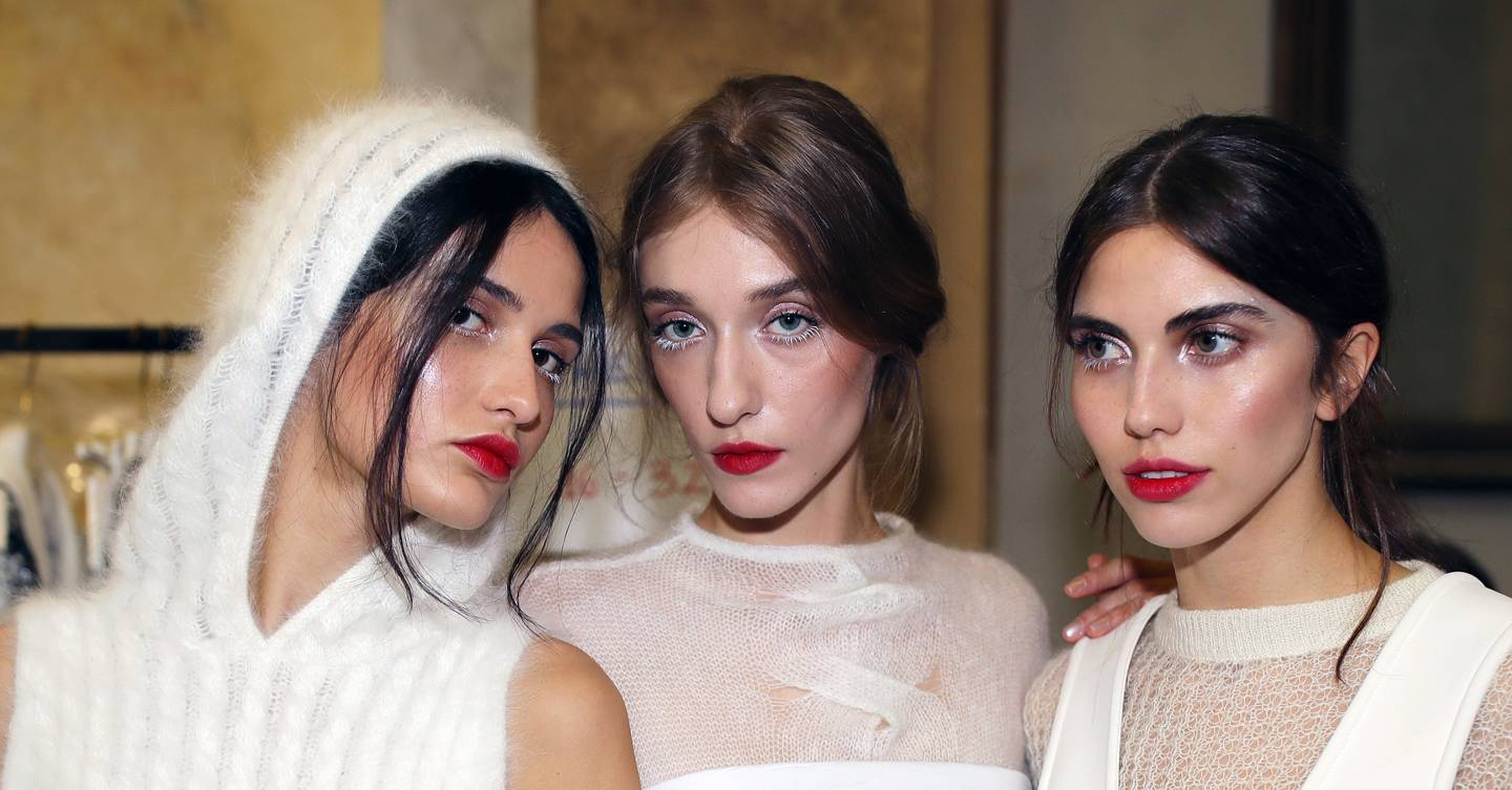 We tried the 6 beauty looks of the season from the catwalk and here's what happened...