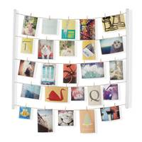 Hanging picture display