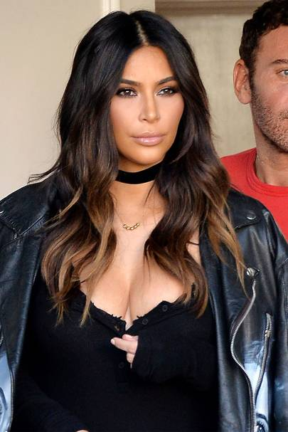 Ombre hair colour dip dye celebrity hairstyles glamour uk kim kardashian once rocked subtle ombre locks and proved she can pull off any style with aplomb solutioingenieria Images
