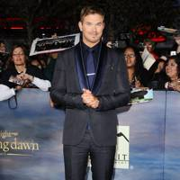 Kellan Lutz at the LA premiere