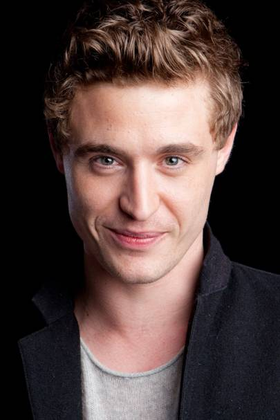 Max Irons, 28