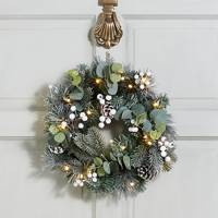 Best Christmas Wreaths: M&S