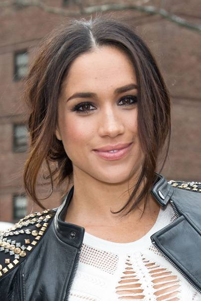 meghan markle s hair makeup routine and beauty products glamour uk meghan markle s hair makeup routine