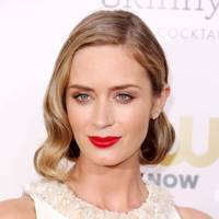 Bob Hairstyles Modern Bob Haircuts For 2018 Glamour Uk