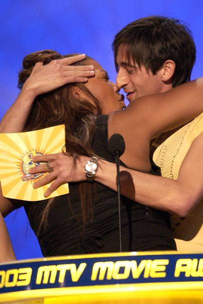 Adrien Brody kisses Queen Latifah