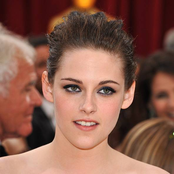 Kristen Stewart Hairstyles & Look Book Photos