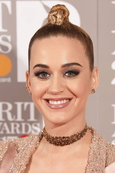 Katy Perry Hair Her Best Hairstyles Makeup And Beauty Looks