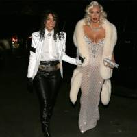 kim kardashian stunned us all with hollywood glamour as marilyn monroe alongside her sister kourtney as michael jackson
