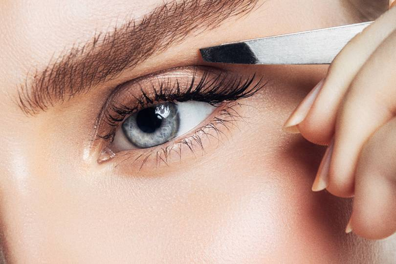 Eyebrow Tweezer Hack For Perfect Brows Glamour Uk