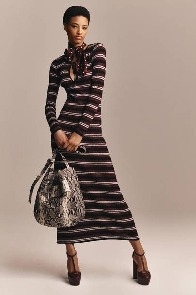 7. THE LOOK'S HIGHLIGHT: A v wearable striped midi