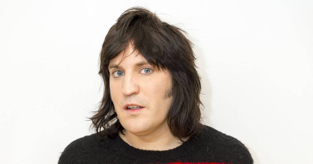 How long have lliana bird and noel fielding been dating for three 2