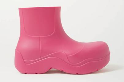 UGLY SHOES: RUBBER BOOTS