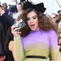 The year's most Instagrammable dress *finally* made it onto a major red carpet - Hailee Steinfeld we salute you