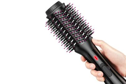 Best hot air brush for reducing frizz