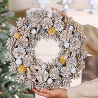 Best Christmas decorations: the pine cone wreath