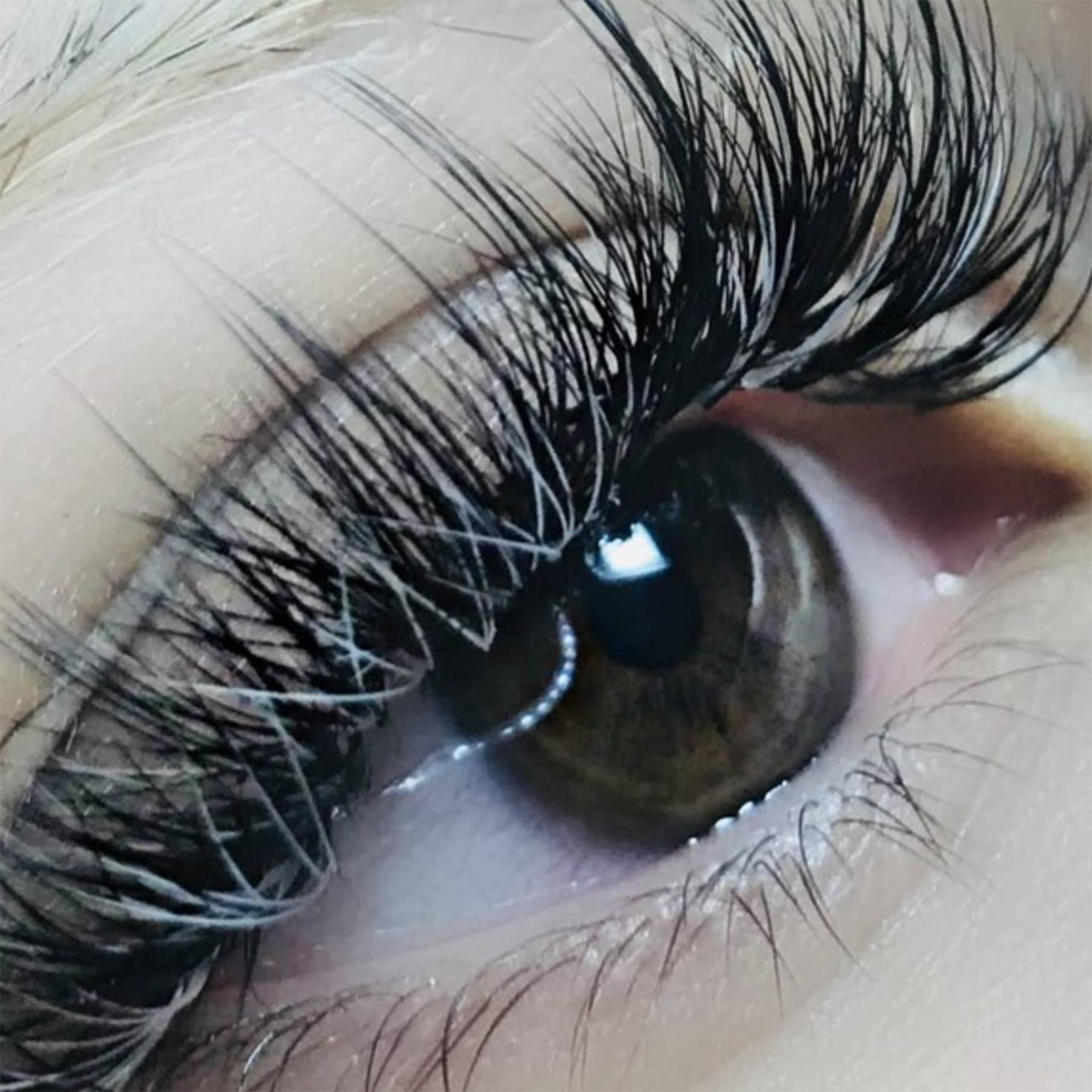 Eyelash Growth: Tips And Tricks To Boost Eyelashes | Glamour UK