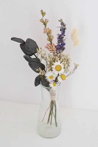 Dried flowers: mixed flowers
