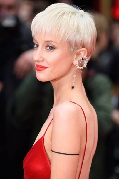 Pixie Cut Hairstyles Celebrity Pixie Cut And Cropped Hairstyles