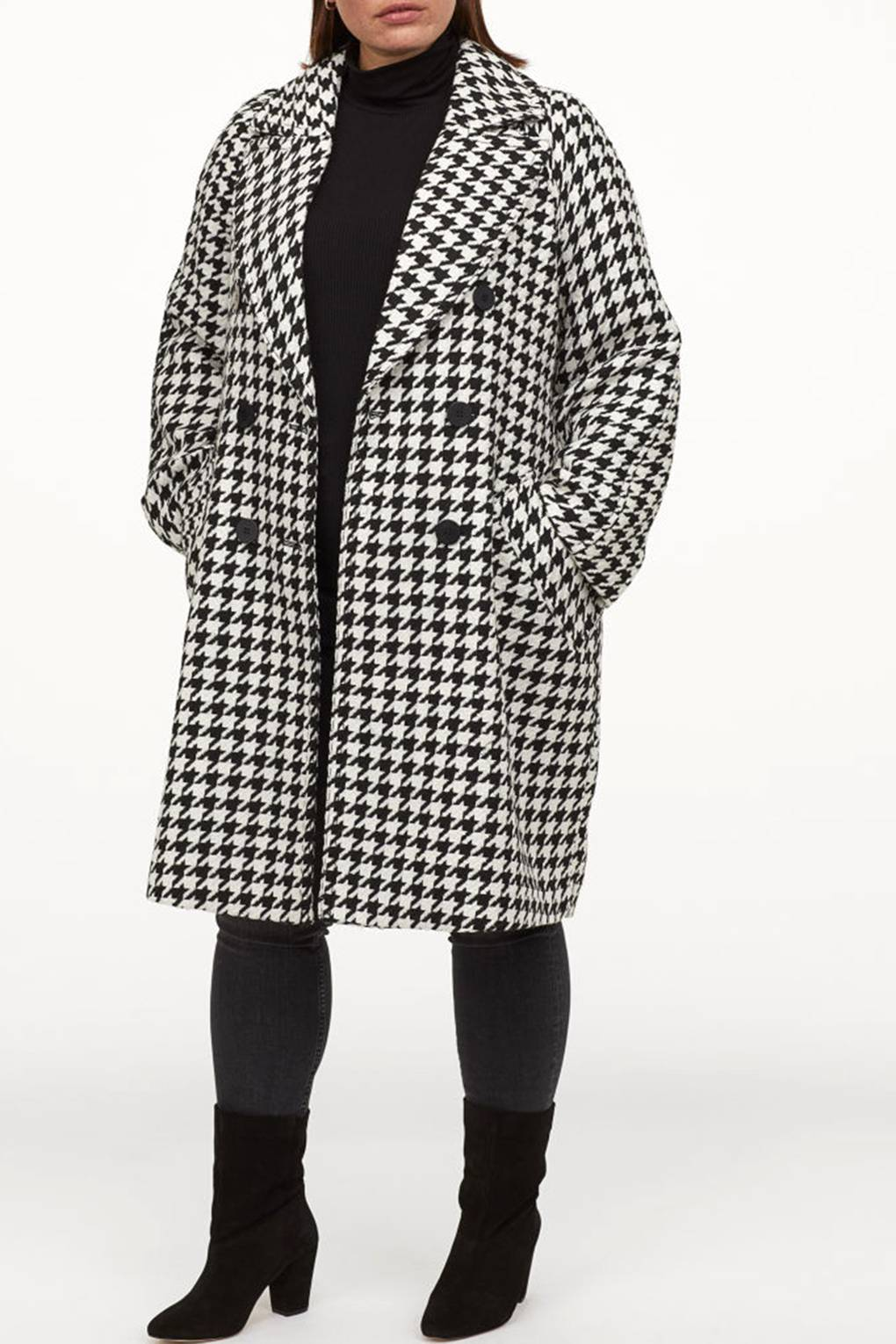 This H&M dogtooth coat is about to be all over your
