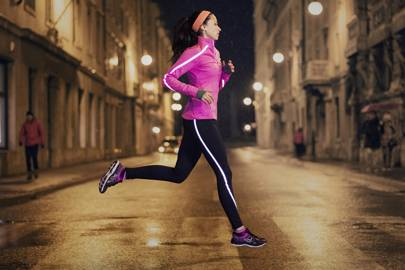 8c3f2a3e7137 The best high visibility and reflective running clothes and shoes ...