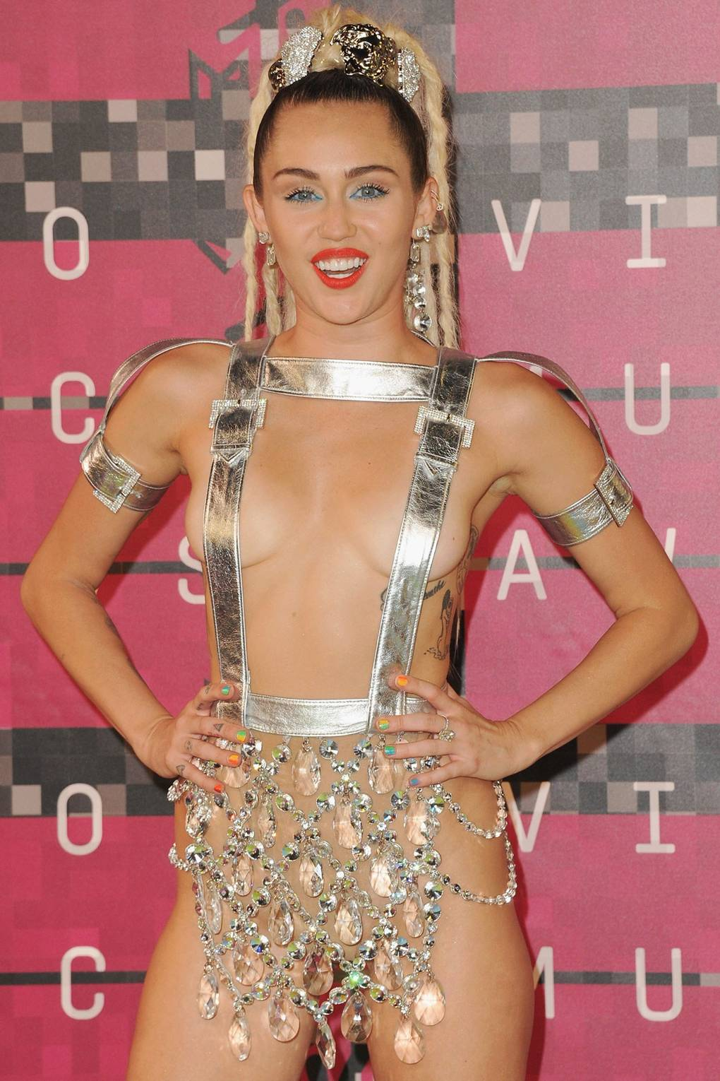 Mylie cyrus naked