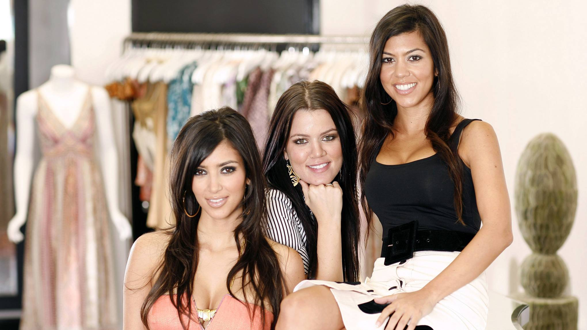 Kardashians Close Dash Stores Glamour Uk