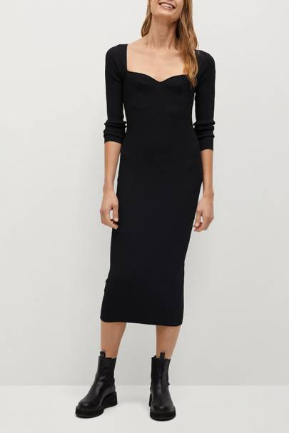 Mango Black Friday: The black knitted dress