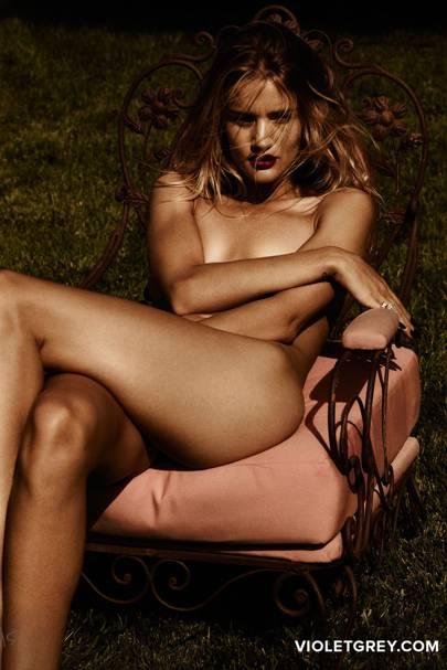 Rosie Huntington Whiteley Poses Naked For Violet Grey