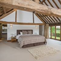 Best Cotswolds Airbnb for families