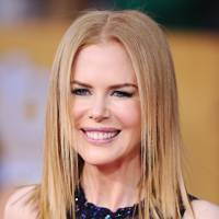Sleek & Straight - Nicole Kidman