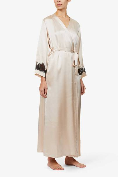 Bridal robes: the floral lace robe