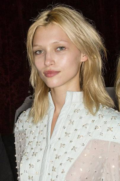 Hairstyles For Mid Length Hair Ideas 2015 Glamour Uk