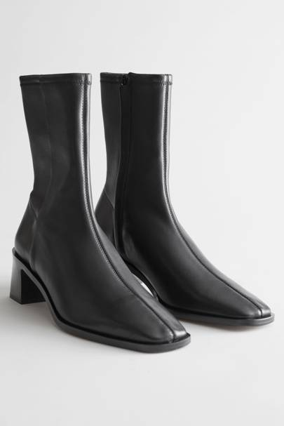 BEST BLACK BOOTS: & OTHER STORIES