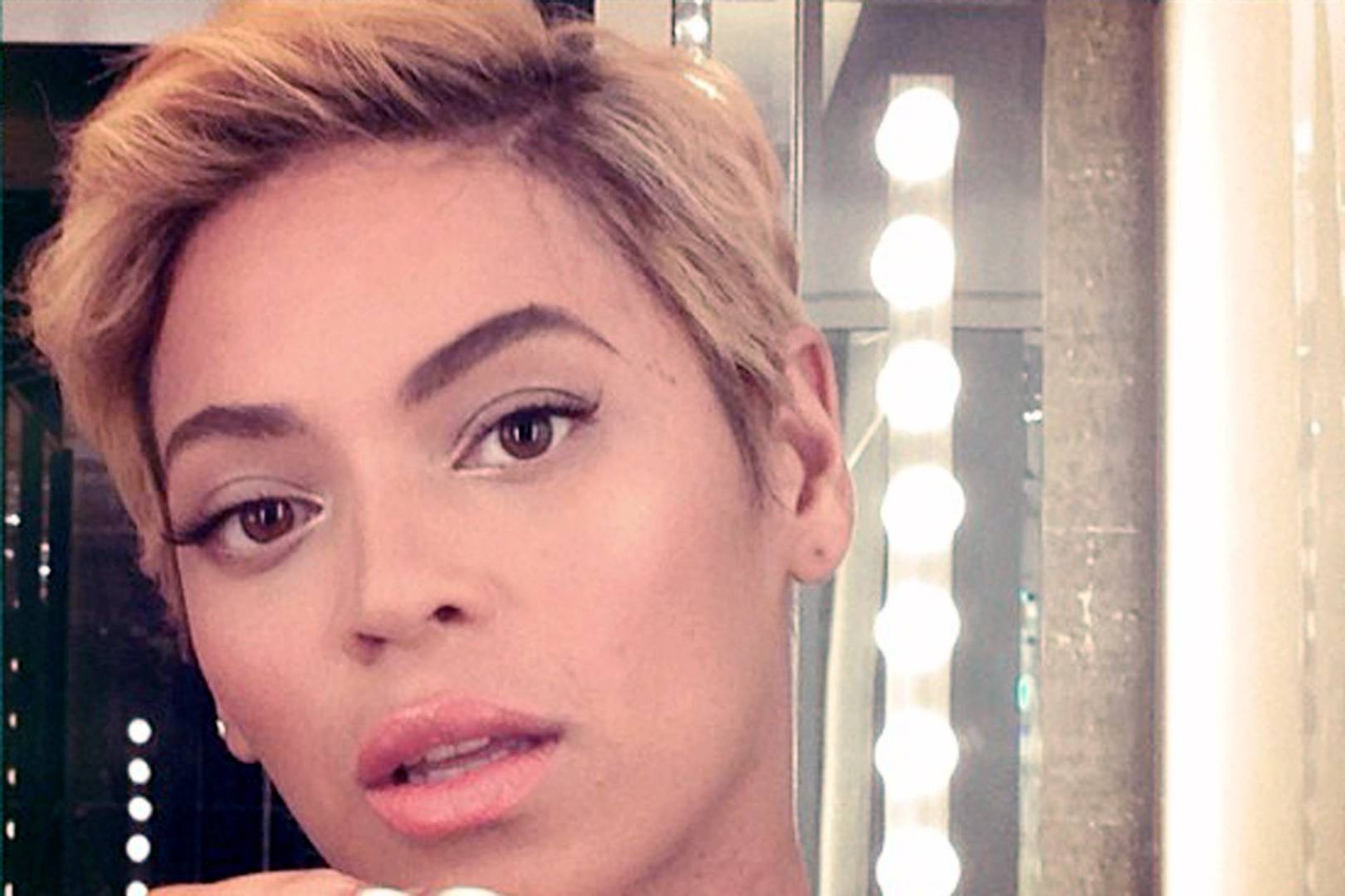 A-List Twitpics Selfies of 2013 - Celebrity Galleries | Glamour UK