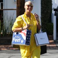 DON'T #17: Amber Rose shopping in LA, May