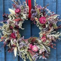 Best Christmas Wreaths: Etsy