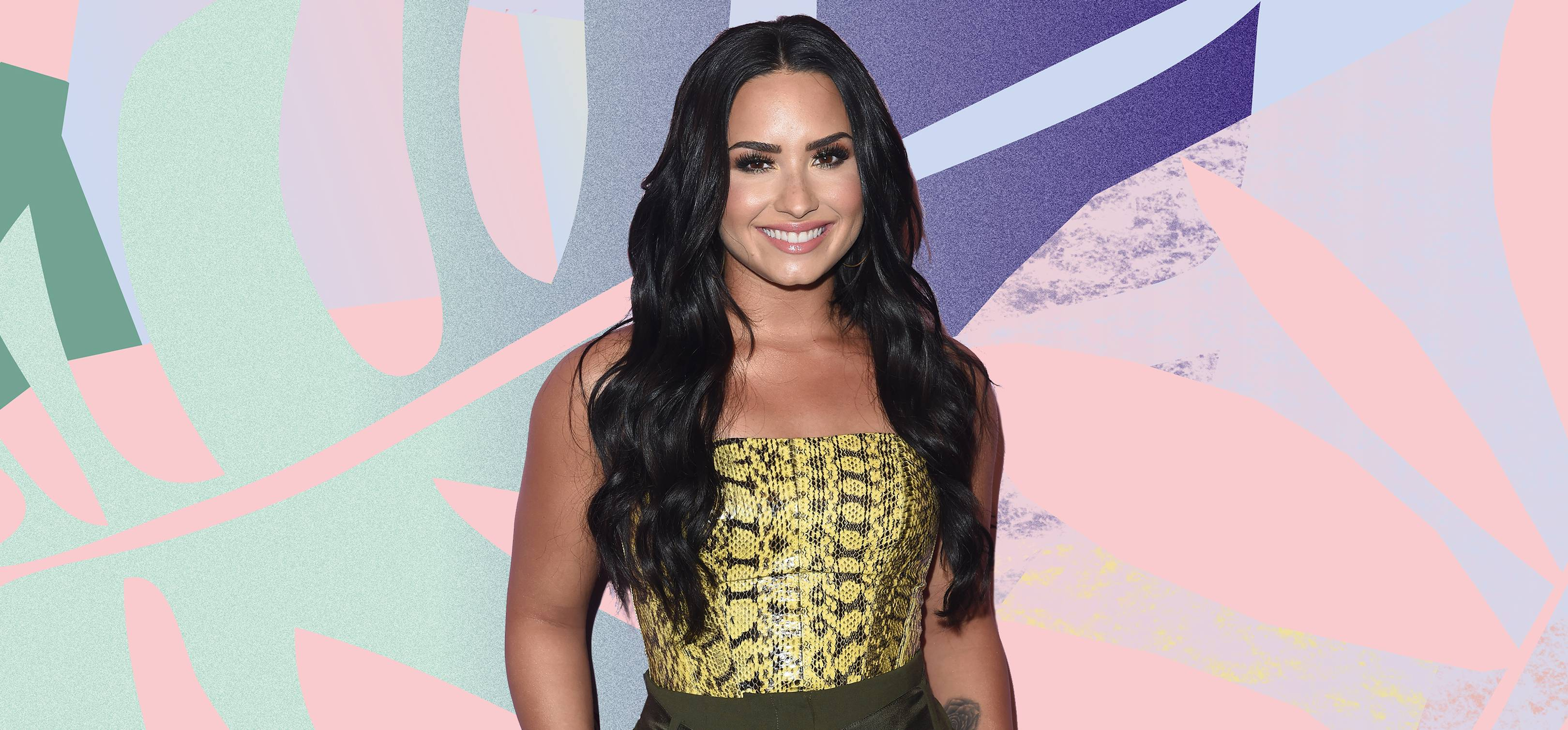 dc7eeca02cd5f Demi Lovato posted this inspiring recovery selfie to celebrate life  post-rehab and she looks so happy and healthy