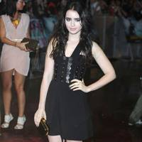 Gothic Girls - Lily Collins