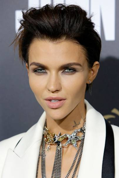 Ruby Rose Hair Amp Makeup Best Beauty Looks Glamour Uk