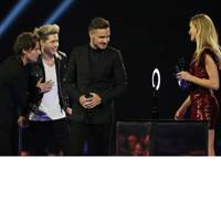 One Direction win Global Success Award