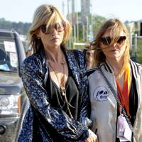 Kate Moss and Stella McCartney at Glastonbury
