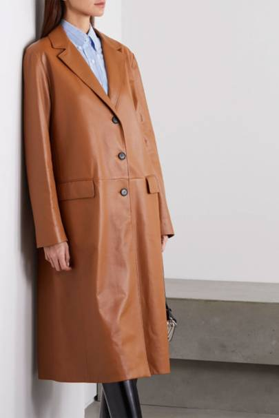 Leather coats: the brown leather choice