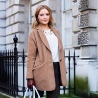 Bobbie Hudson, Student, London