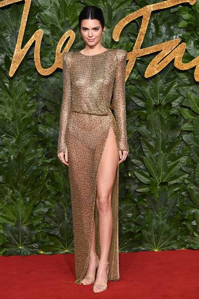 Kendall Jenner in Julian Macdonald